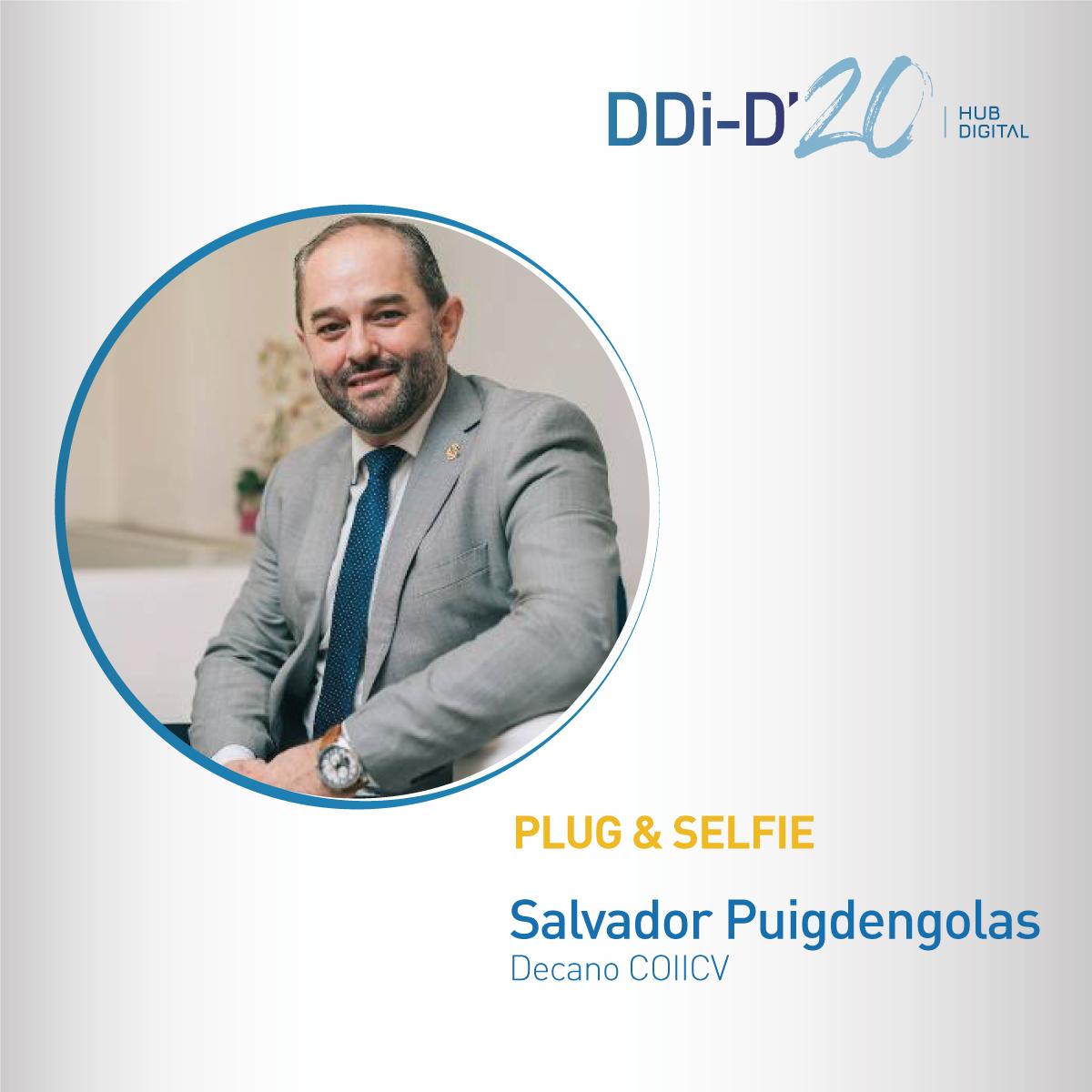Plug & Selfie Salvador Puigdengolas